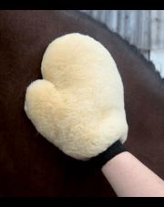Waldhausen rękawica z owczego futerka